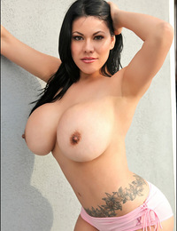 Debut of all-new 34G Andrea Marquez!