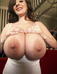 busty curvy September poses and flash her big tits