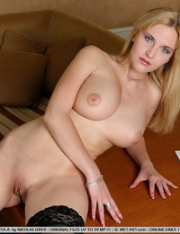 This big strong woman has big breasts , strong legs and blonde hair, she loves to wrestle for the top. - Cikita A - Weekends