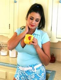 MiriamGonzalez-36DoubleF\\'s!